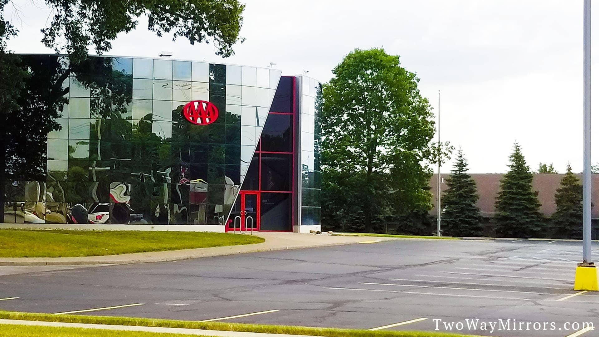 Two way mirrors used on the outside of a buidling eliminate glare and enhance privacy.