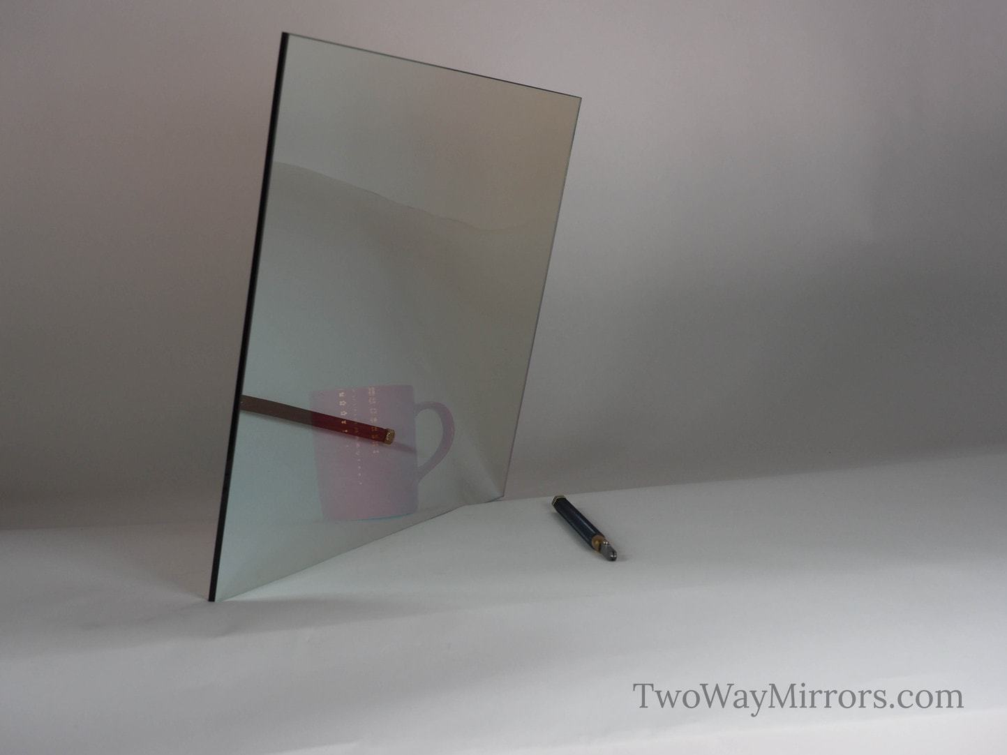 Glass two way mirror sample 6 x 6 or smaller for Two way mirror