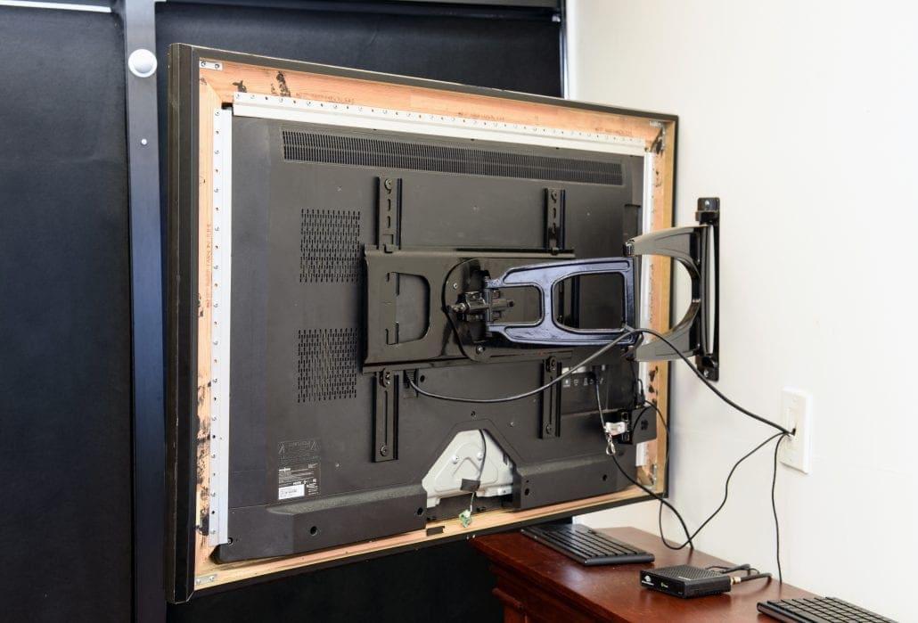 mount-mirror-tv