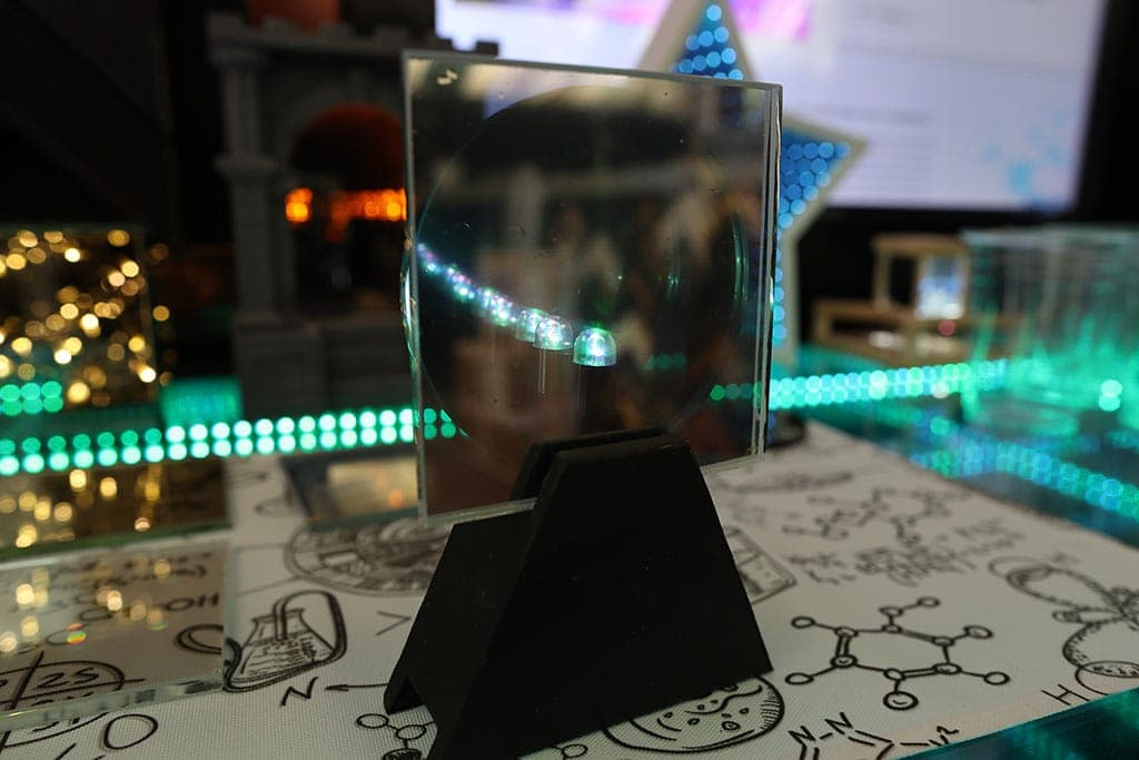 How to Make an Infinity Mirror [Complete Guide With Pictures]