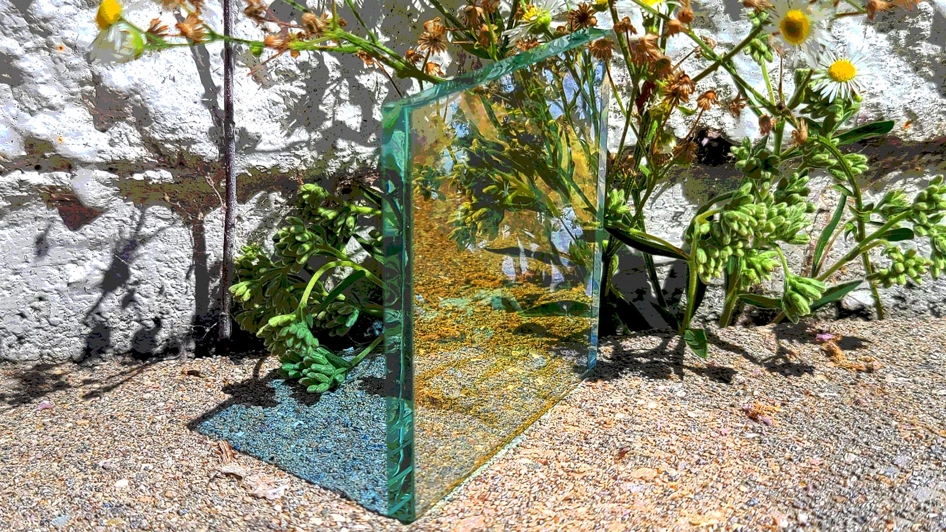 Blue-gold-dichroic-glass